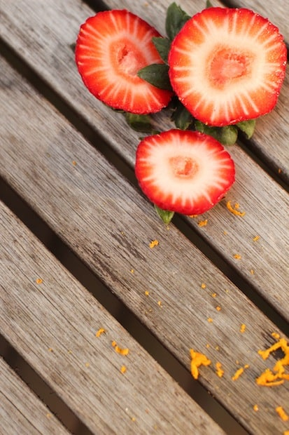 Oranssia ja punaista yhdessä.