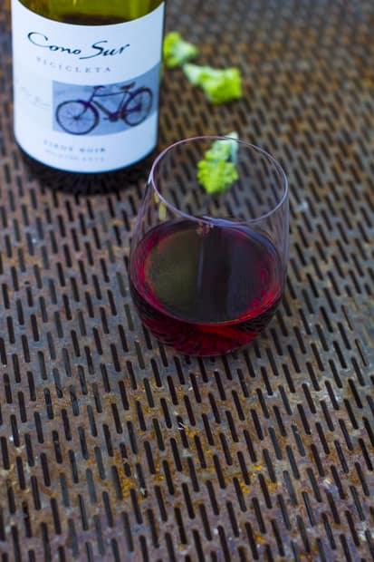 Lasillinen viiniä ei ole pahitteeksi.