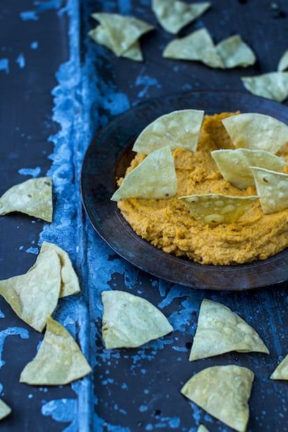 itsetehdyt nachokset ja batattidippi