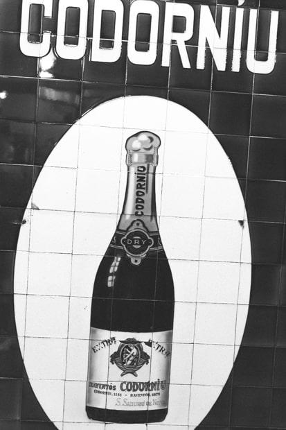 Kuplia viinissä jo vuodesta 1872.