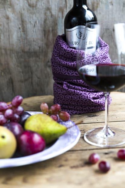 Viini pysyy viileänä.