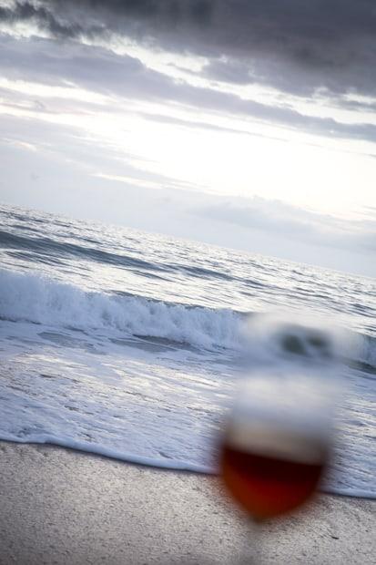 Kuvauskurssin iltahupia rannalla.