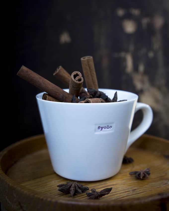 Joistain kahveista löytyy mausteiden potkua.