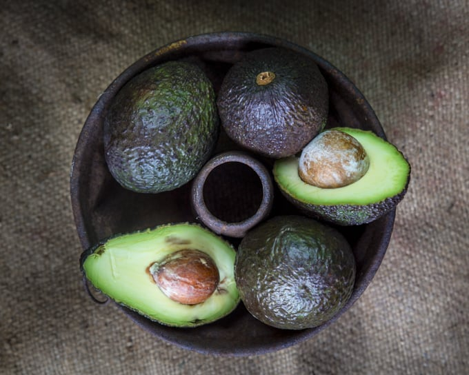 avocado raaka-ainekuva mari moilanen