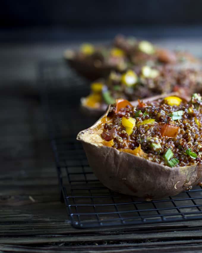 kvinoatäytteiset bataatit-4