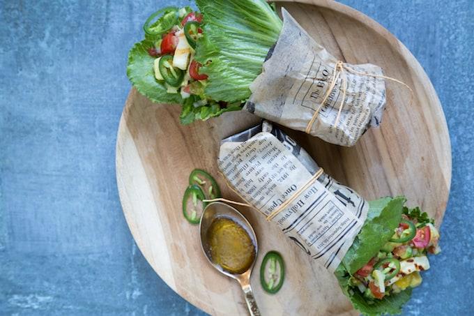 Meksikolaiset halloumitacot Mari Moilanen-6, cosmopolitan-salaatti, hallomi-salsarullat cosmopolitan-salaatista, cosmopolitan-salaattireseptejä, salaatireseptejä, kesäruokaa, salaatti grillistä, grillaus, grilliruokaa