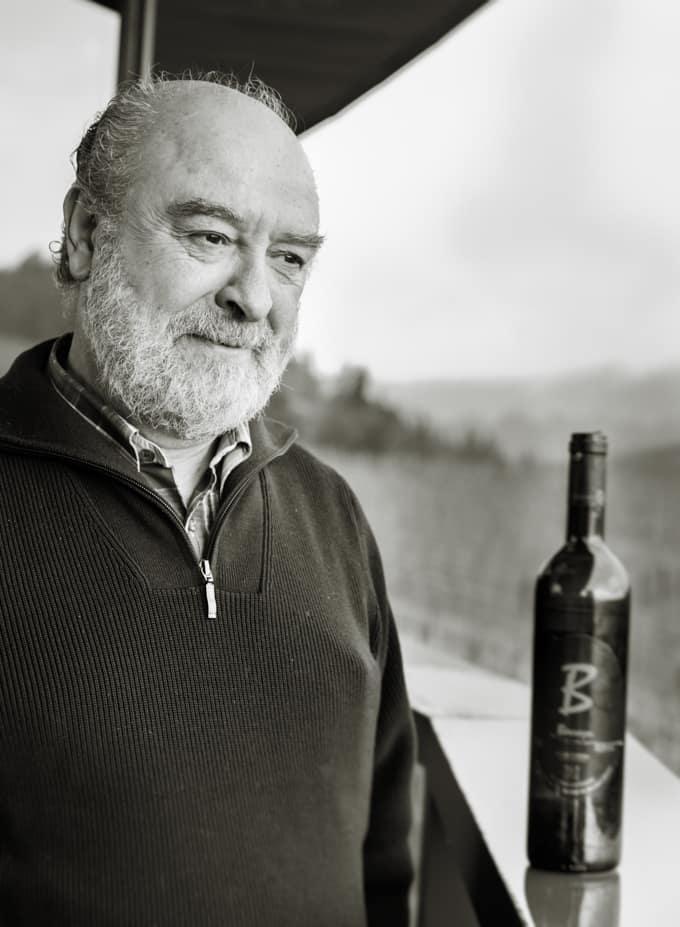 Bodega berrojan symppis omistaja Jose Antonio Carrero.