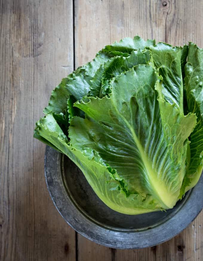 cosmopolitan-salaatti Mari Moilanen-4, salaattireseptejä, kesäsalaatti, salaattikääröt, cosmopolitan-salaattireseptejä, kesäsalaatteja, makkarasalaatti