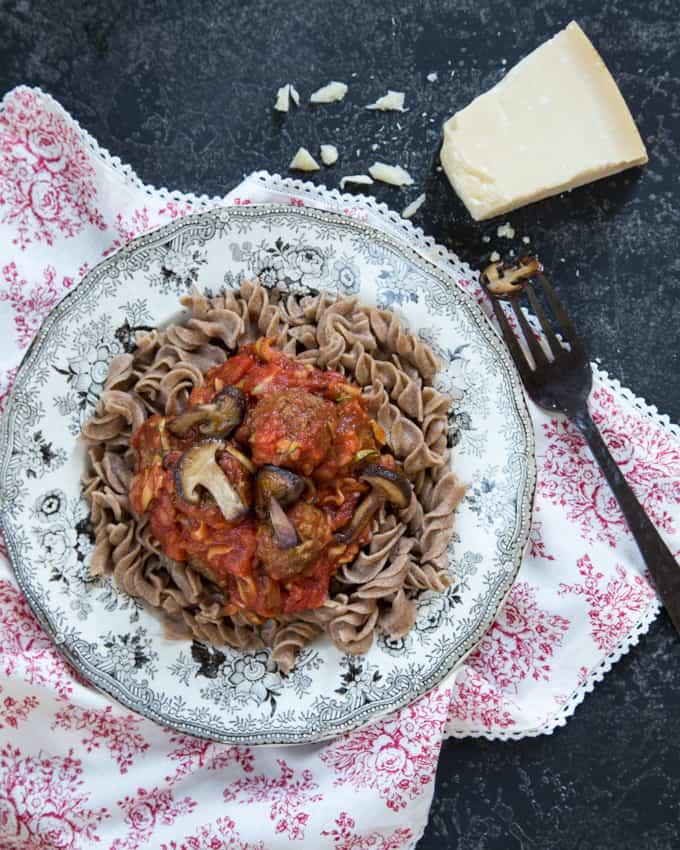 lihapullat ja spagetti Mari Moilanen-6