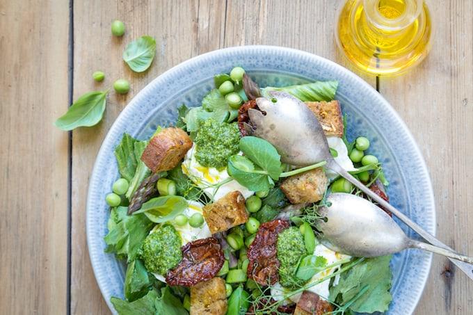Cosmopolitan salad Mari Moilanen, cosmopolitan-salaatti, mozzarellasalaatti, salaattireseptejä, salaatteja, ruokaisa salaatti, salaatti mozzarellalla, cosmopolitan reseptejä