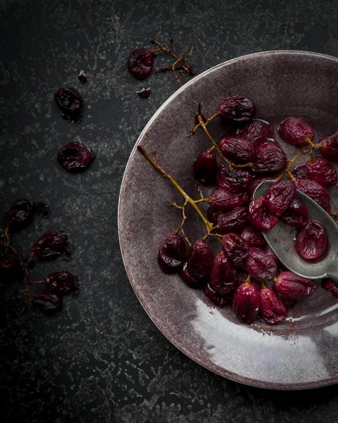viinirypälekastike ja ankankoipiconfit