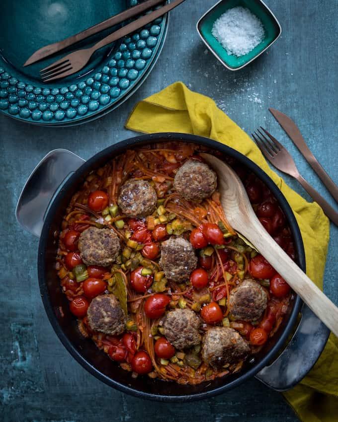 one-pot-pasta-porolihapullilla-mari-moilanen-kopio