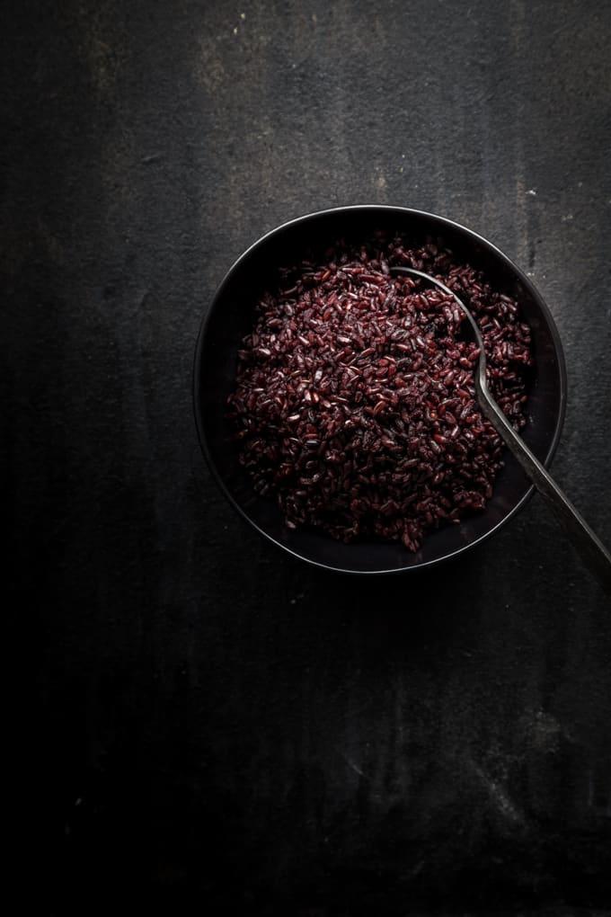 musta riisi, salaatti mustasta riisistä,