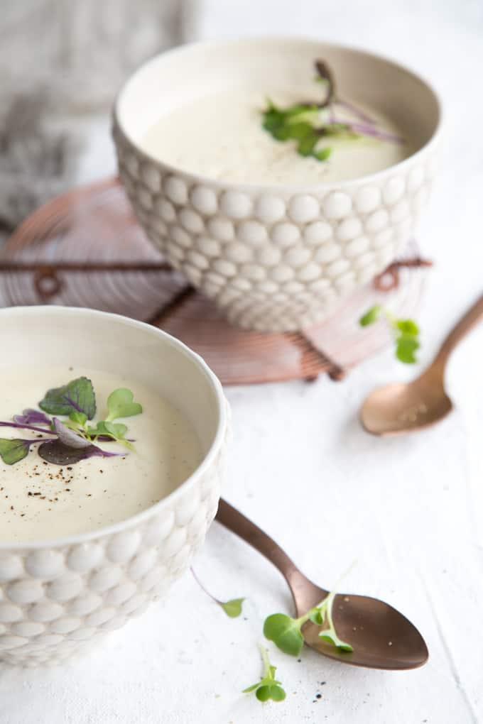 vaniljainen kukkakaalikeitto, kukkakaalikeittoresepti, kasviskeitto, kasvisruokablogi, kasvisruokia, kukkakaalireseptejä, bosch active water astianpesukone