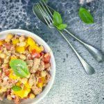 tonnikala-kikhernesalaatti, tonnikalasalaatti, kikhernesalaatti, ruokaisa kesäsalaatti, tapas, katalonialainen salaatti, kesäreseptejä