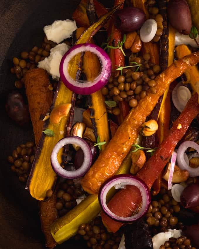 värikkäät porkkanat, kuinka käyttää erivärisiä porkkanoita, porkkanareseptejä, porkkana-linssisalaatti, porkkanahummus, paahdetut porkkanat, kasvisreseptejä vegeruokaa, kasvisruokaa, kasvisruokablogi