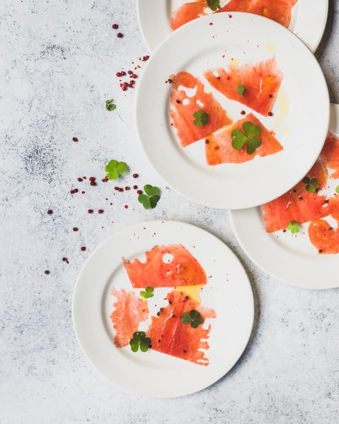 vesimelonicarpaccio, vesimelonisalaatti, vesimeloniherkkuja, mitä tehdä vesimelonista, rapujuhlien alkupala, mitä tehdä alkupalaksi rapujuhliin, rapujuhlat