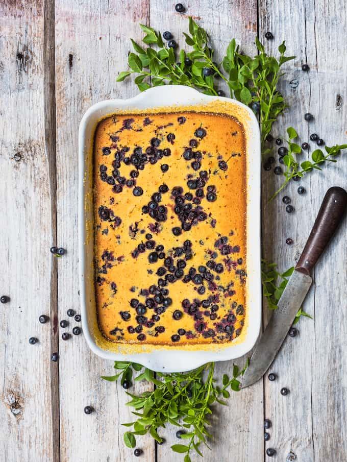 gluteeniton mustikkapiirakka, mustikkapiirakka maissisuurimoilla, mustikkapiirakka maissijauhoilla, gluteeniton leivonta, gluteeniton piirakka