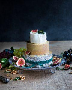 juustokakku kokonaisista juustoista, portviini ja juustot, joulun kaunein juustopöytä, vinkkejä juustopöytään