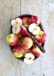 omenapiirakka, omenajälkiruoka, omenajäätelö, omenacrumble, omenarisotto, omenaruokia