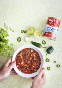 itse tehty salsa, polpa-salsa, tomaatti-ananassalsa ja uuninachokset