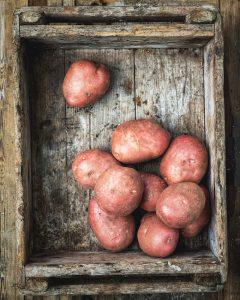 maalaisranskalaiset, tryffeliranskalaiset, prunakirja, kotitekoiset ranskanperunat, maalaisranskalaiset, ranskalaisten valmistaminen