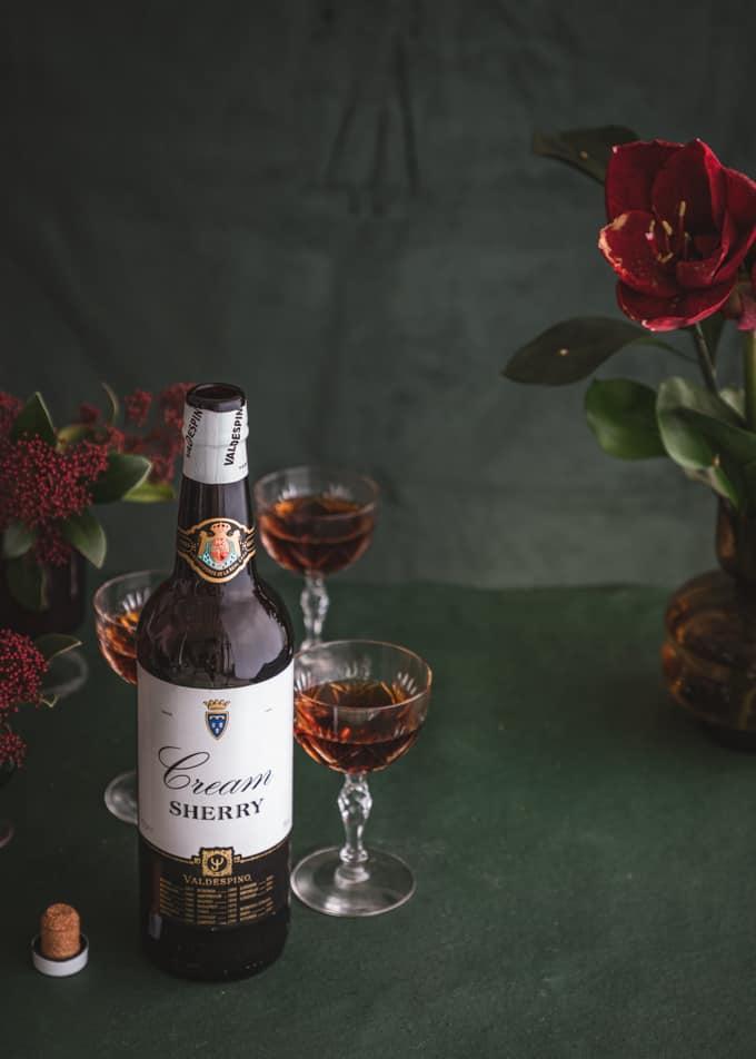 taatelijoulutortut, sherry jouluksi, taateli-sinihomejuustojoulutortut, valdespino cream sherry jouluksi