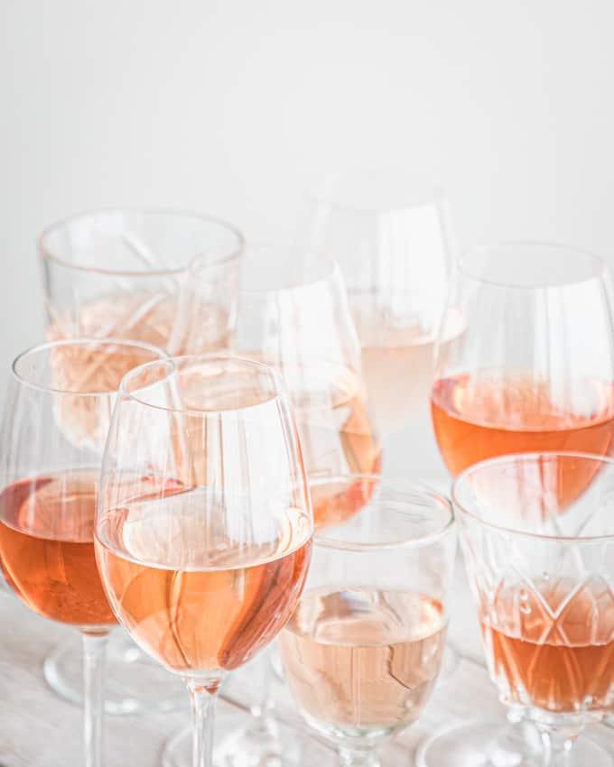 kesäroseet, parhaat roseeviinit 2021, hyvä roseeviini