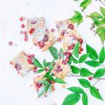 vadelma-ricottakakku, jälkiruoka rapujuhliin, vadelmakakku, ricottakakku, kesäkakku, marjakakku, ricottajuusto leivonnassa